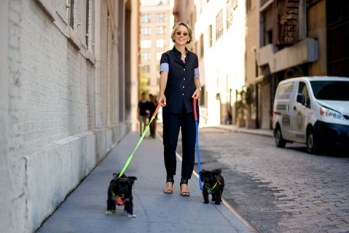 Suzanne Donaldson (Mrs. Sizzle) and her pups, Edie and Clair © The Dogist